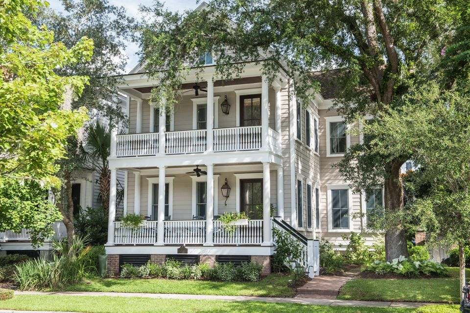 225 Delahow Street Charleston, SC 29492