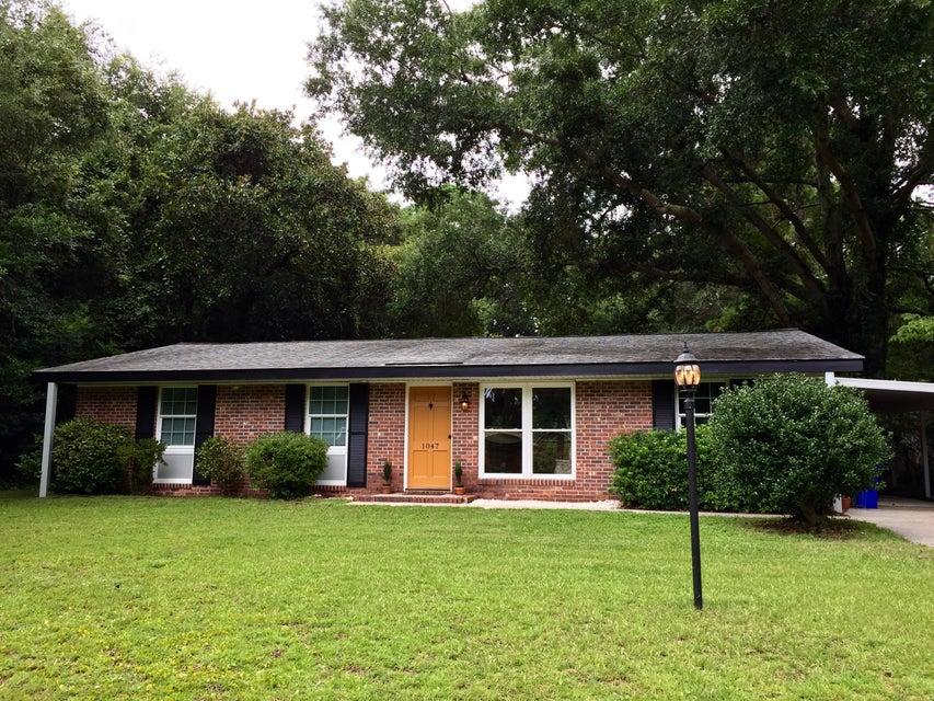 1047 Honeysuckle Lane Charleston, SC 29412