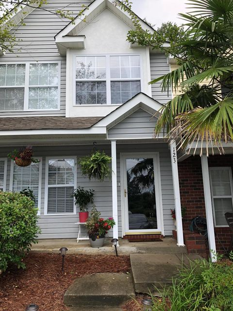 123 Taylor Circle Goose Creek, SC 29445