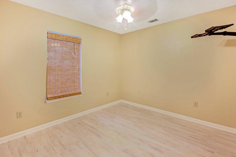 515 Beechcraft Street Charleston, SC 29414