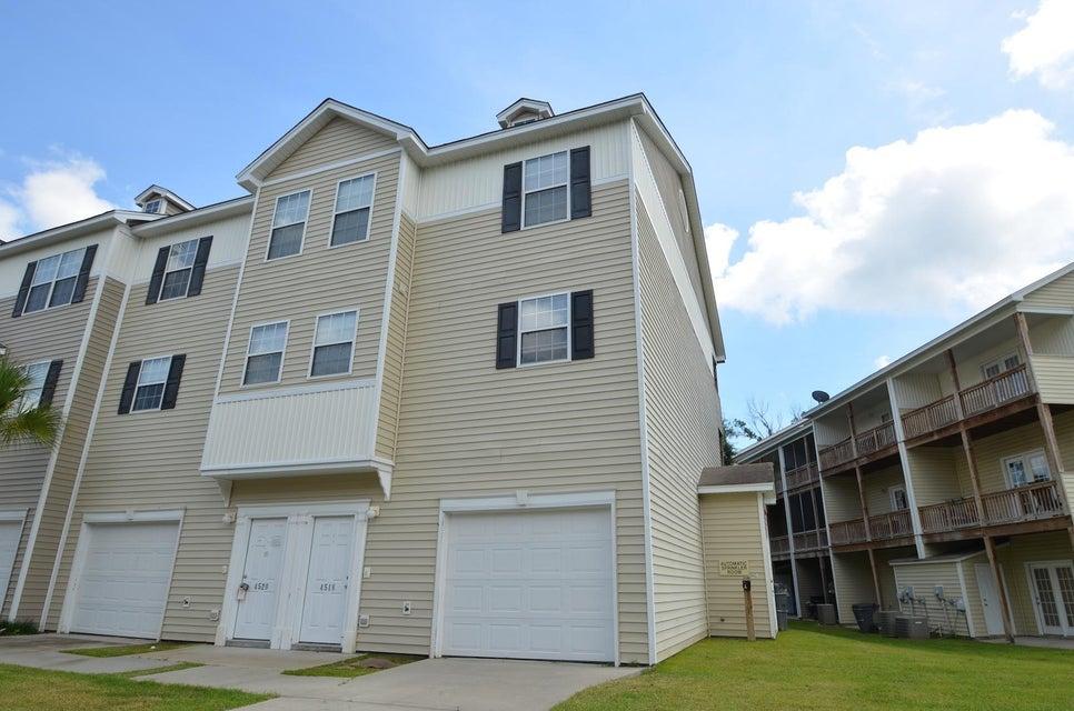 4518 Great Oak Drive North Charleston, SC 29418