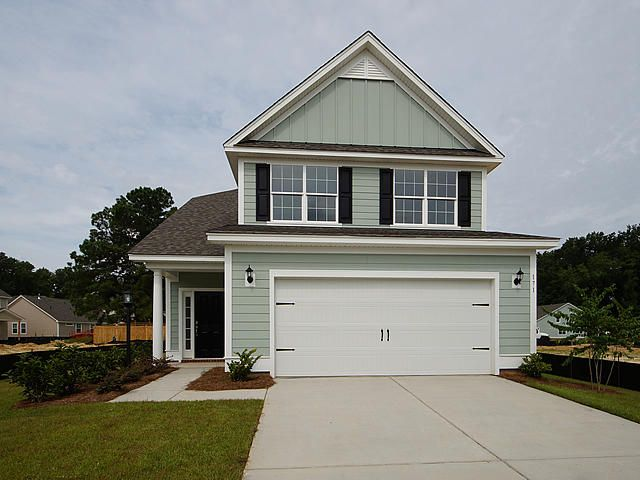 2 Mcclellan Way Summerville, SC 29483