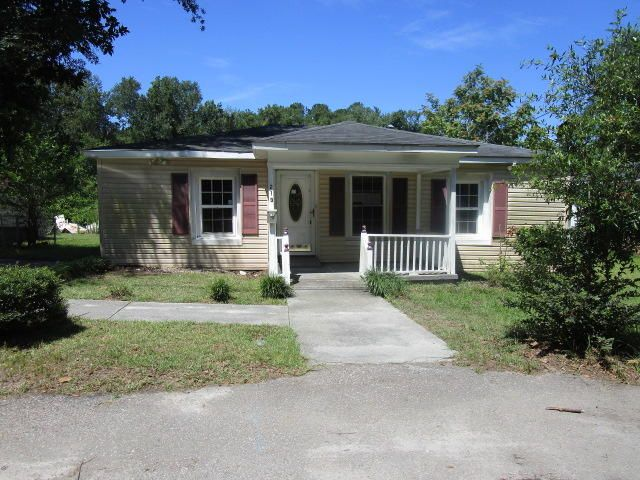 213 Colleton Loop Walterboro, SC 29488