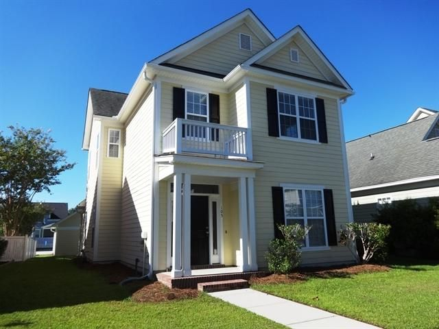105 Foxglove Avenue Summerville, SC 29483