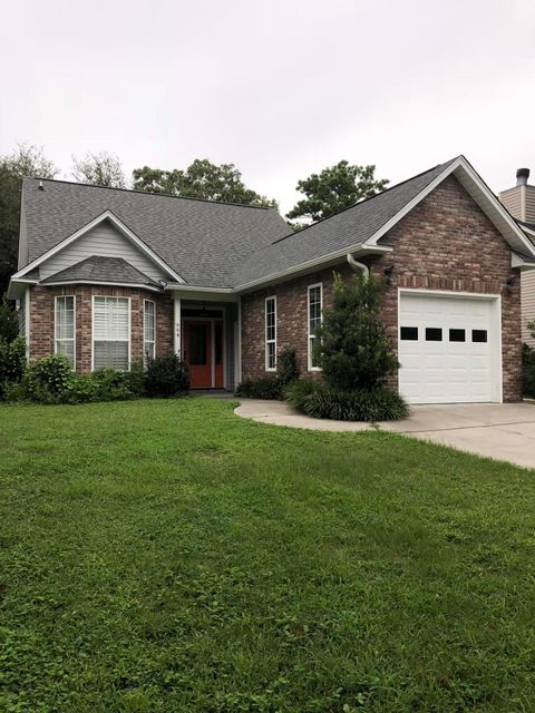 964 Provincial Circle Mount Pleasant, SC 29464