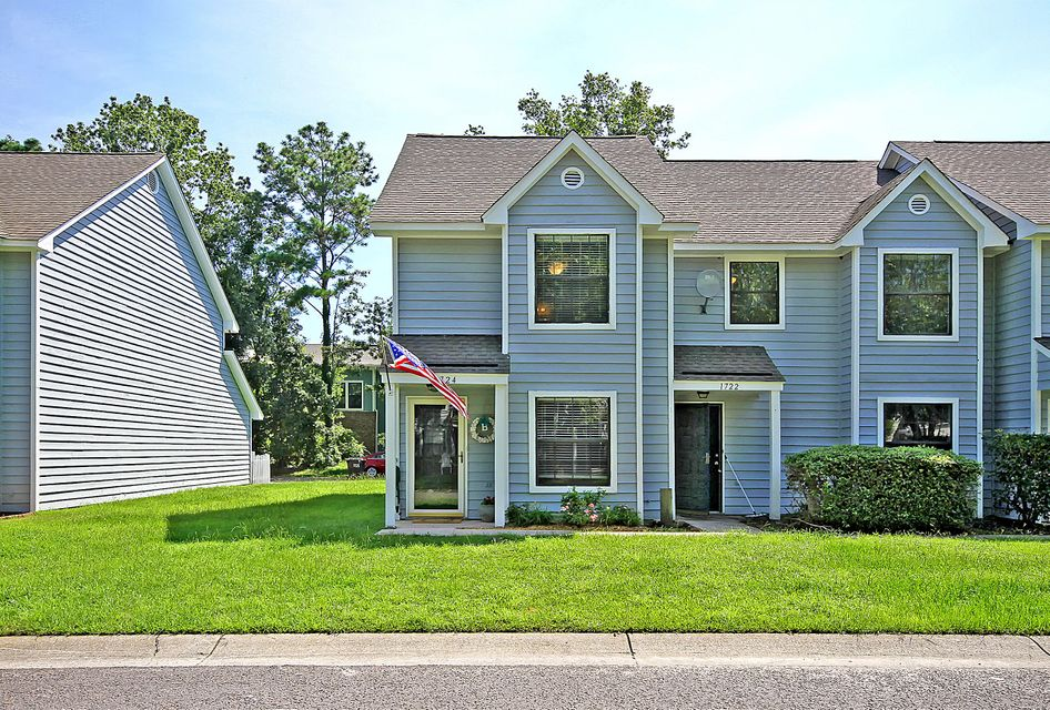 1724 Deer Path Drive Mount Pleasant, SC 29464
