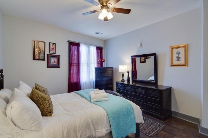 Homes For Sale - 724 King, Charleston, SC - 8