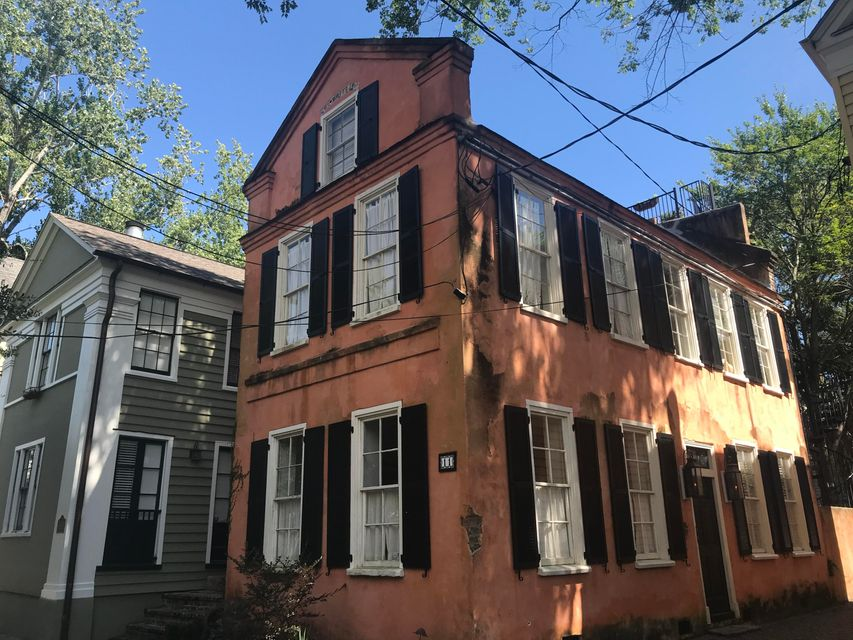 11 West Street Charleston, SC 29401