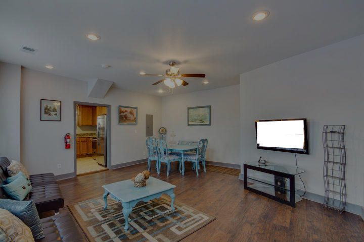 Homes For Sale - 724 King, Charleston, SC - 7