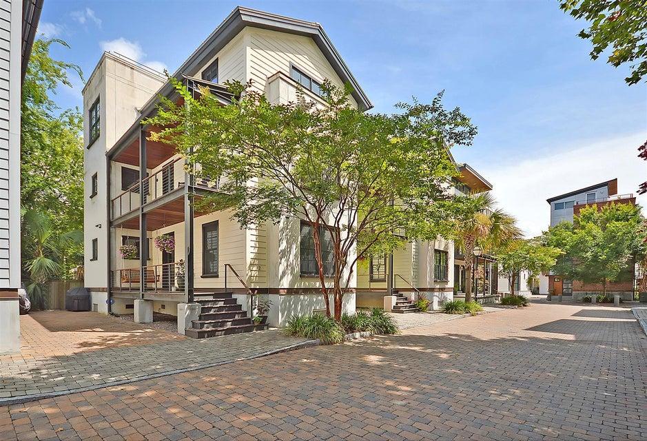 12 Brewster Court Charleston, SC 29403
