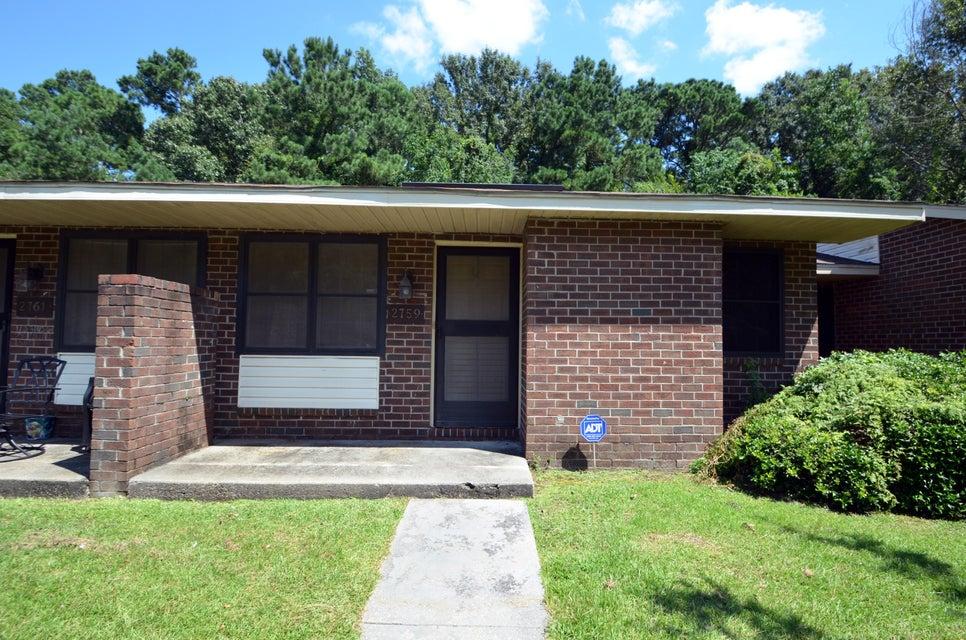 2759 Oak Leaf Drive North Charleston, SC 29420