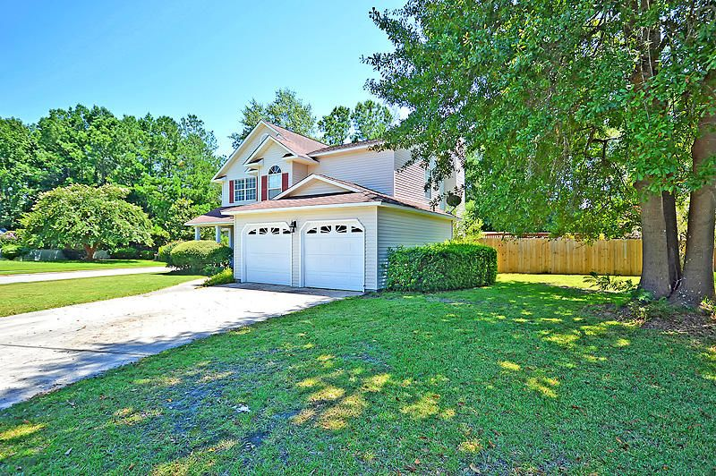 142 Blackwalnut Drive Summerville, SC 29486