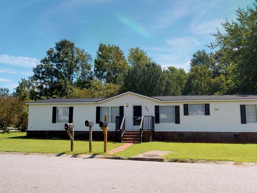 301 Grapevine Road Summerville, SC 29483