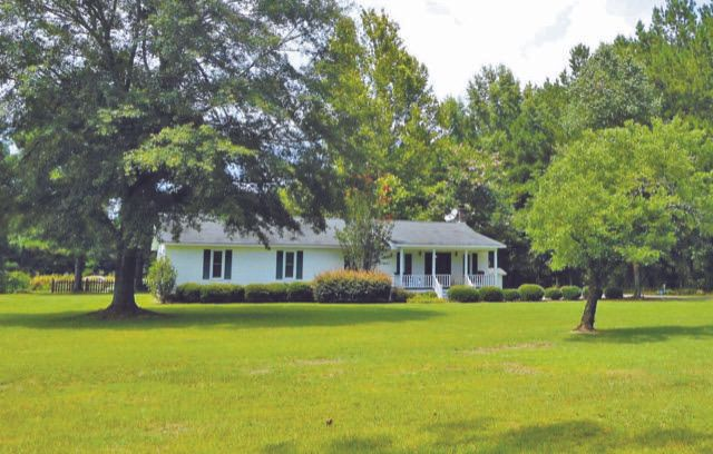 4157 Cottageville Highway Round O, SC 29474