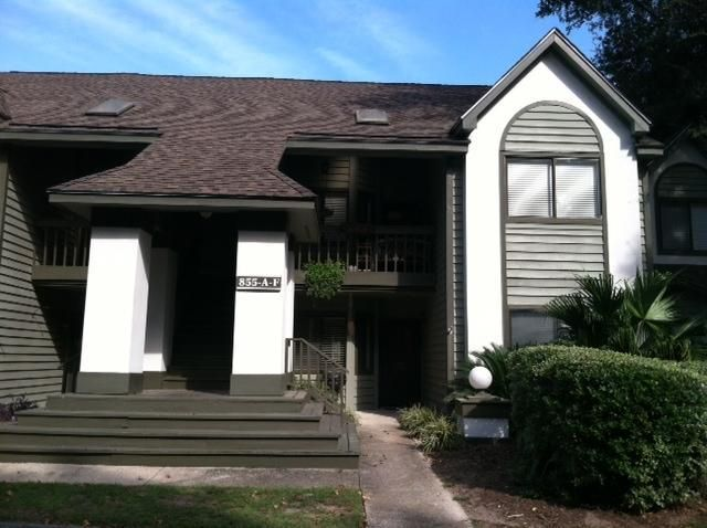 855 Sandlake Drive Mount Pleasant, SC 29464