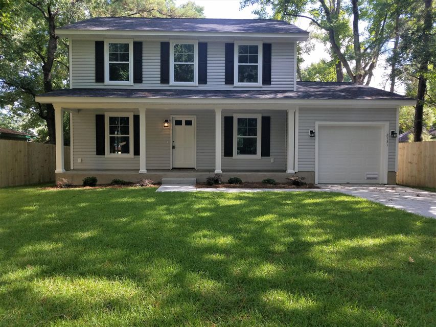 2131 Bradham Road Charleston, SC 29412