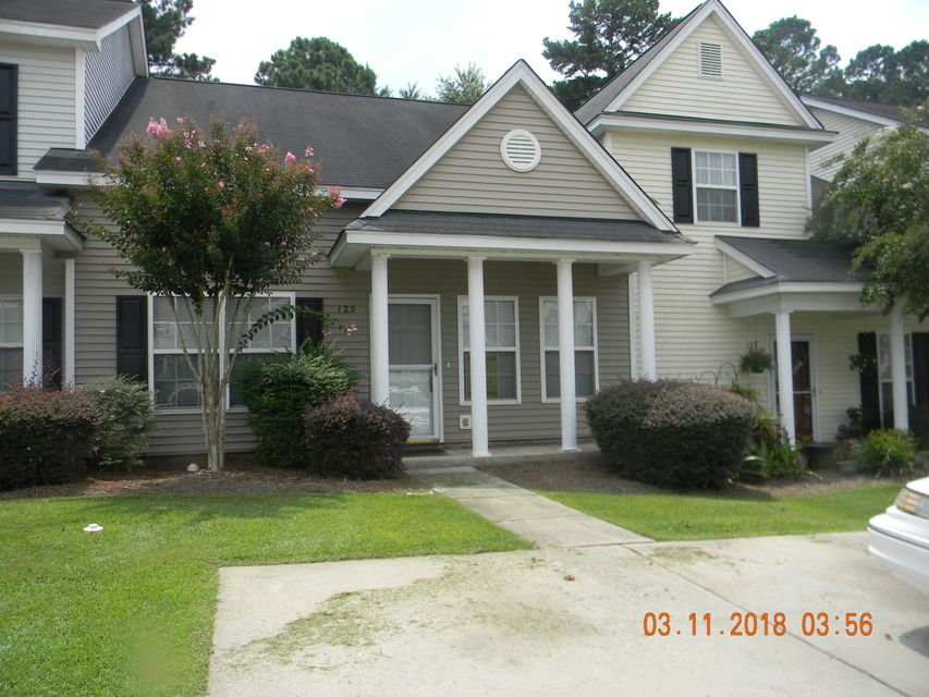 125 Lynches River Drive Summerville, SC 29485