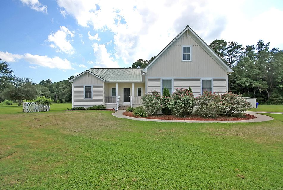 5529 Golden Rice Lane Ravenel, SC 29470