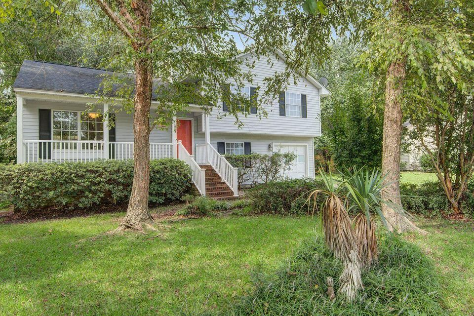 109 Cottonwood Drive Summerville, SC 29483