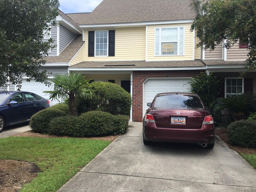 104 Buckthorn Circle Summerville, SC 29483