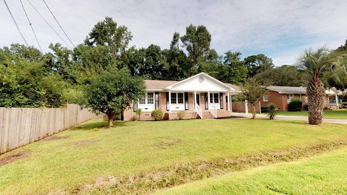 2233 Pinehurst Avenue Charleston, SC 29414