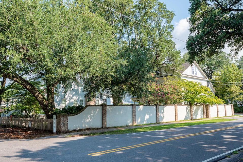 740 Center Street Mount Pleasant, SC 29464