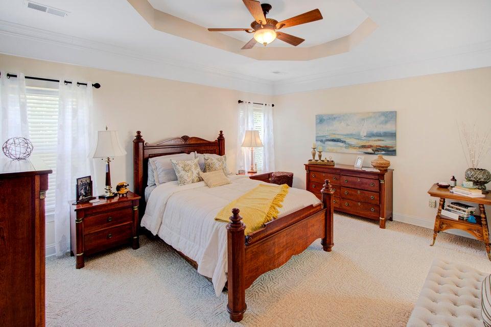 1534 Ocean Neighbors Boulevard Charleston, SC 29412