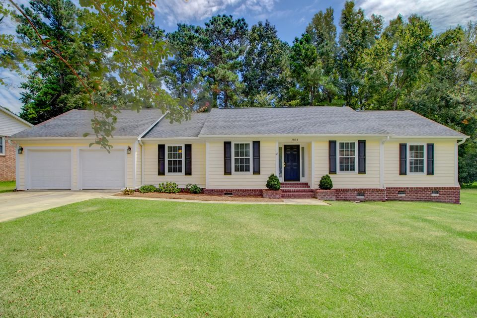 204 Red Fox Summerville, SC 29485
