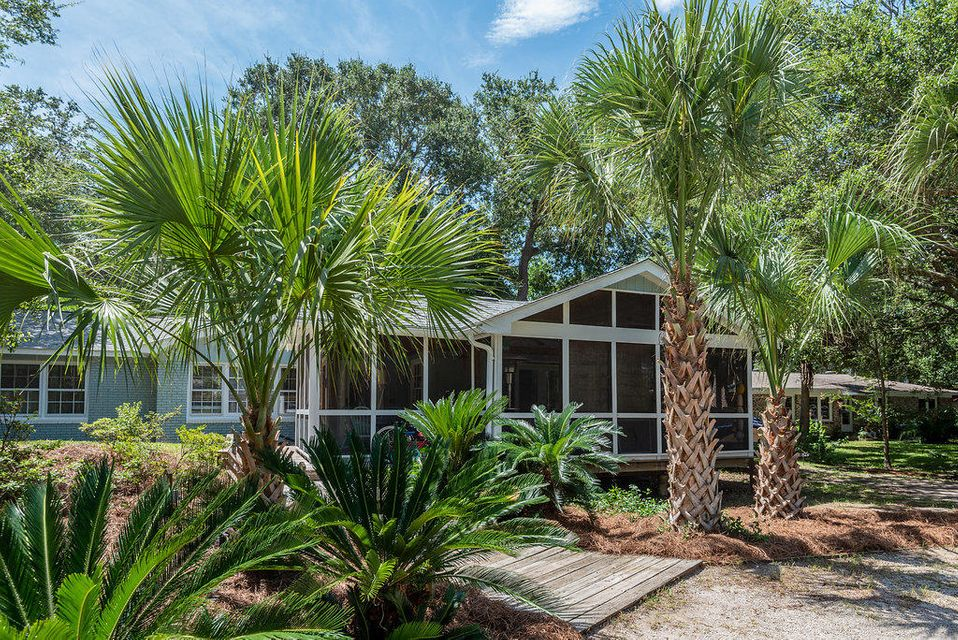 29 24TH Avenue Isle Of Palms, SC 29451
