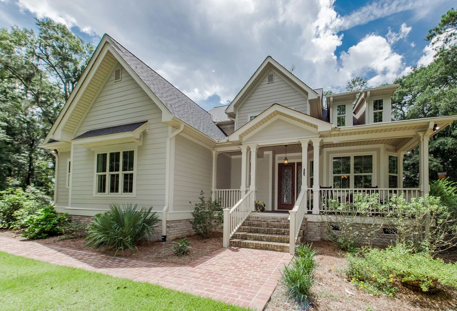 24 Middleton Oaks Road Charleston, SC 29414