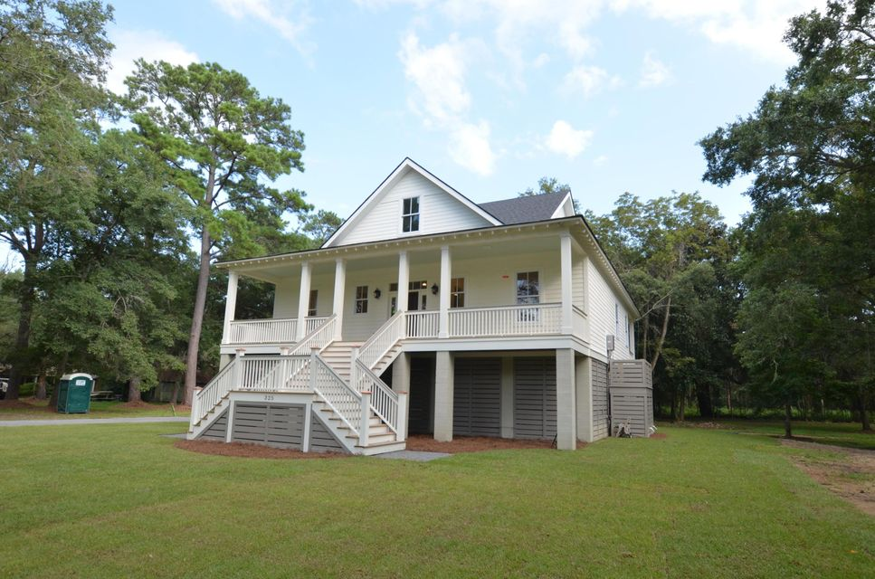 325 Mercantile Road Mcclellanville, SC 29458