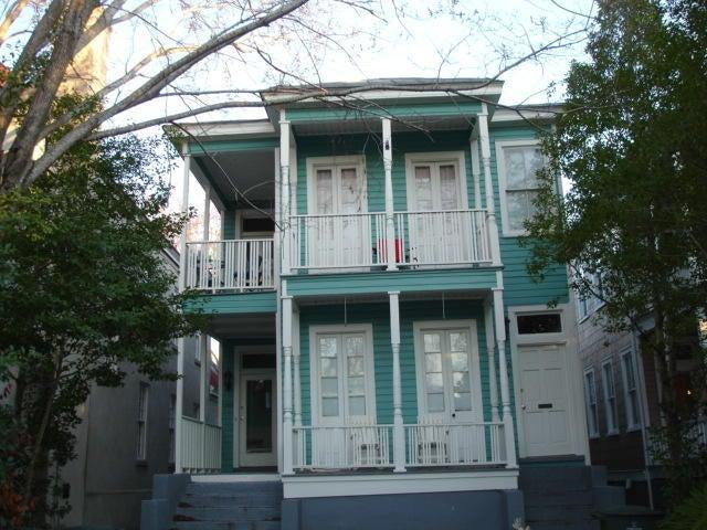 136 Queen Street Charleston, SC 29401