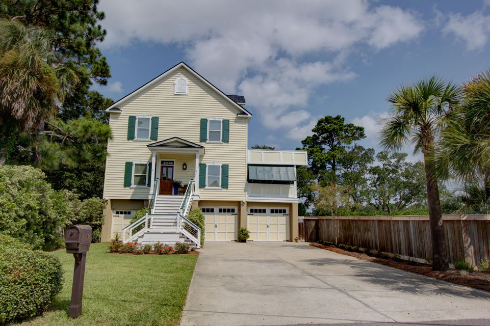 1528 Hunley Avenue Charleston, SC 29412