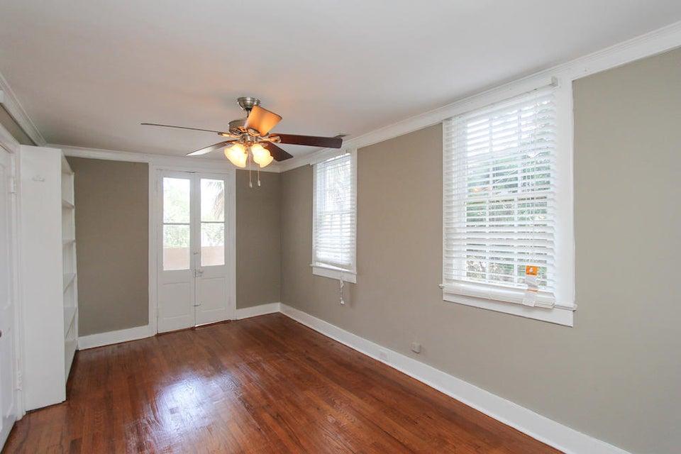 17 Gadsden Street Charleston, SC 29401