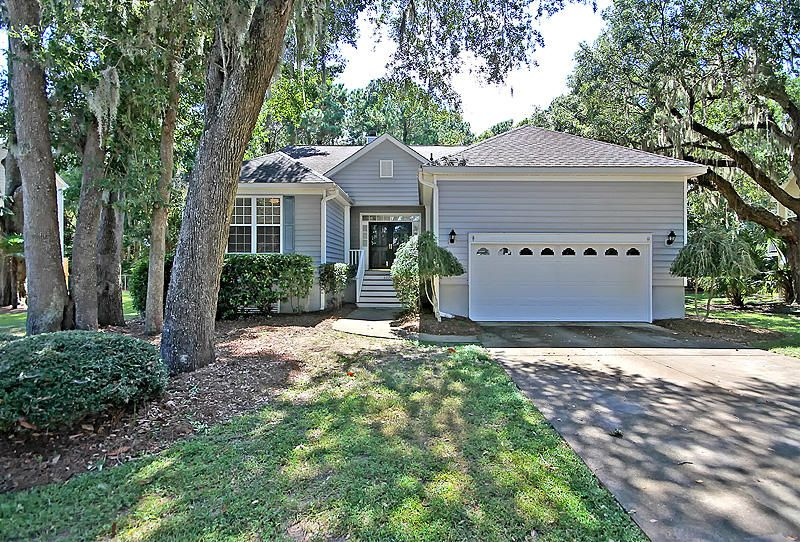 2270 Magnolia Meadows Drive Mount Pleasant, SC 29464