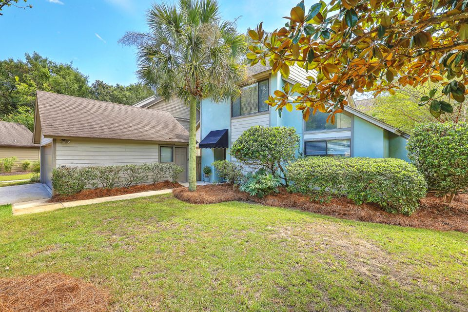 322 Pelican Place Mount Pleasant, SC 29464