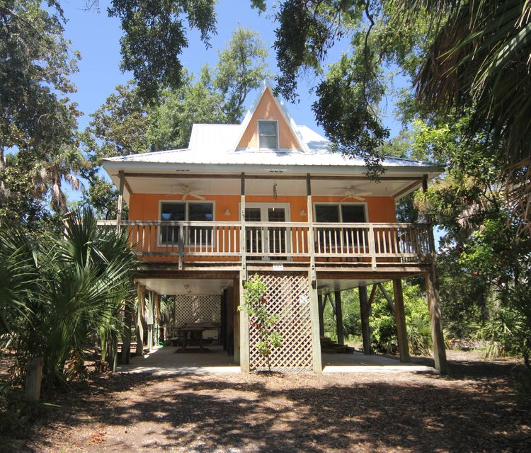 713 Jungle Road Edisto Beach, SC 29438