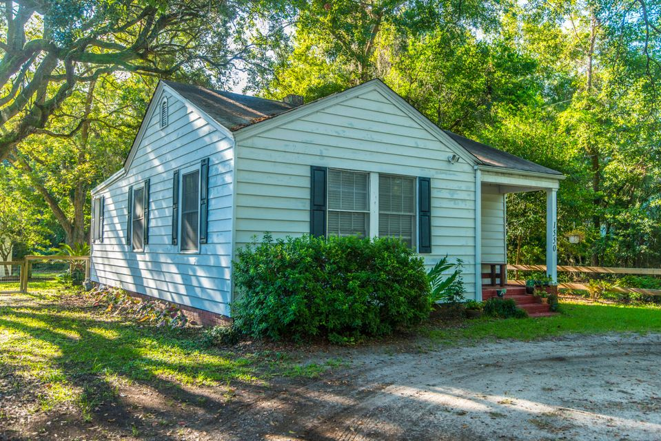 1550 Folly Road Charleston, SC 29412
