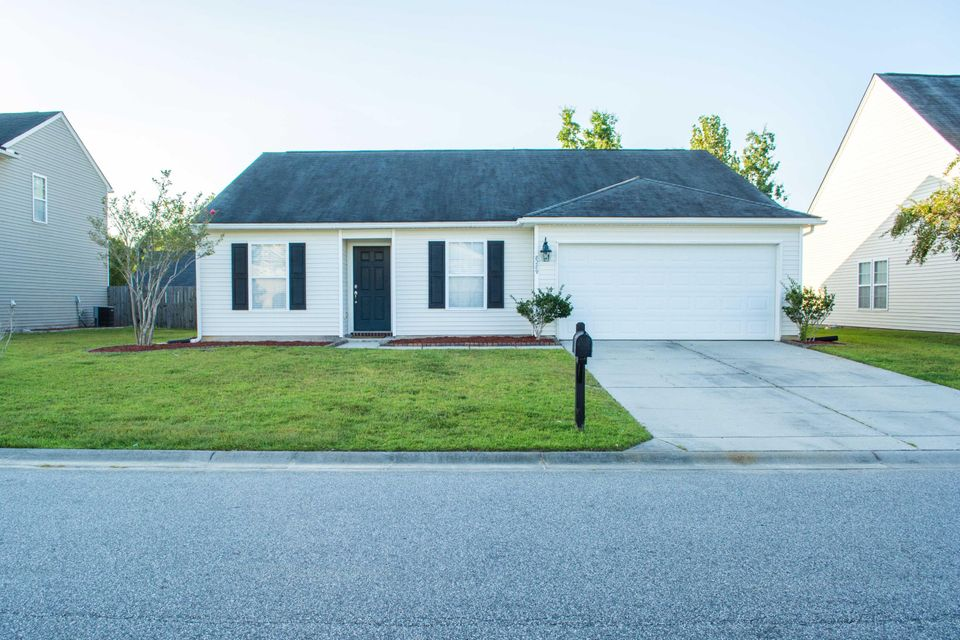 8289 Little Sydneys Way North Charleston, SC 29406