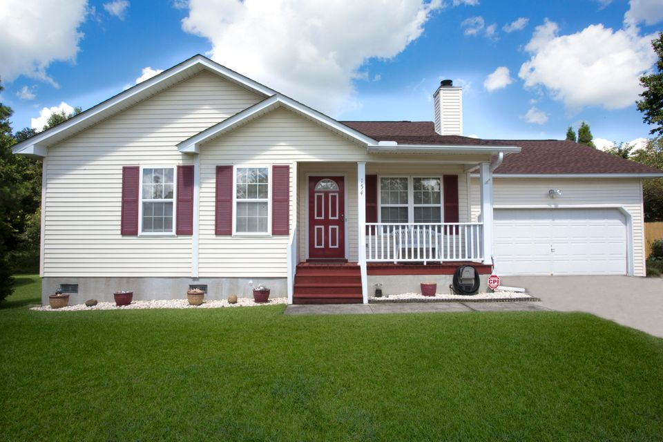 154 Two Hitch Road Goose Creek, SC 29445