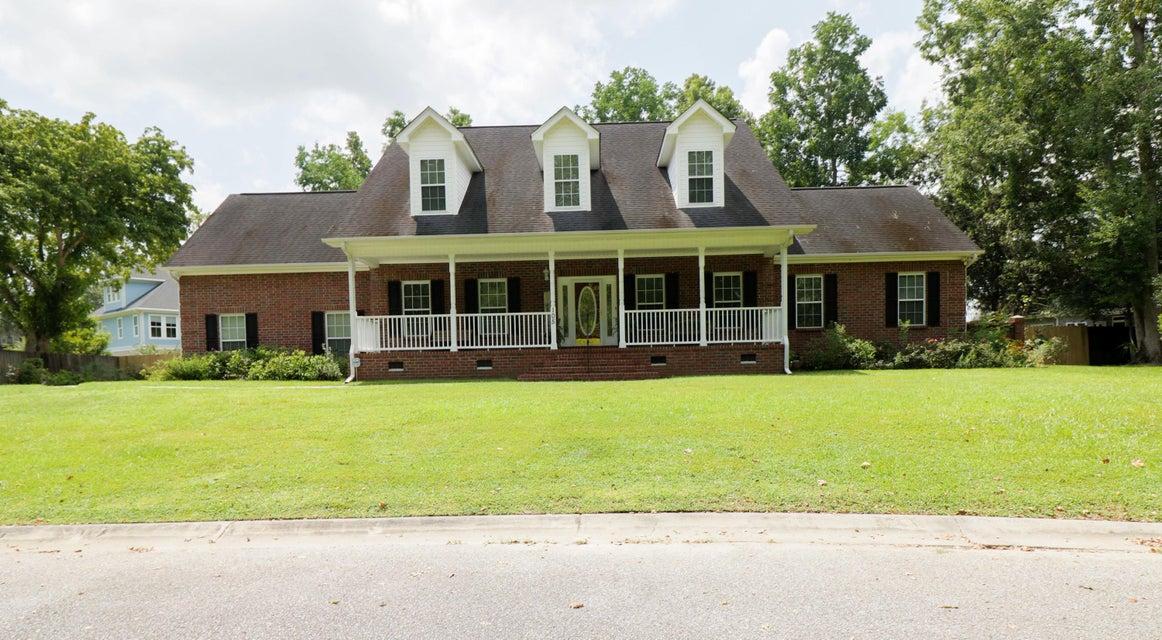 105 River Oak Lane Charleston, SC 29418