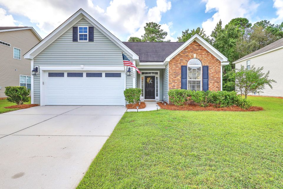 2609 Spivey Court North Charleston, SC 29406