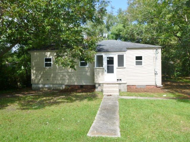 2736 Constitution Avenue North Charleston, SC 29405