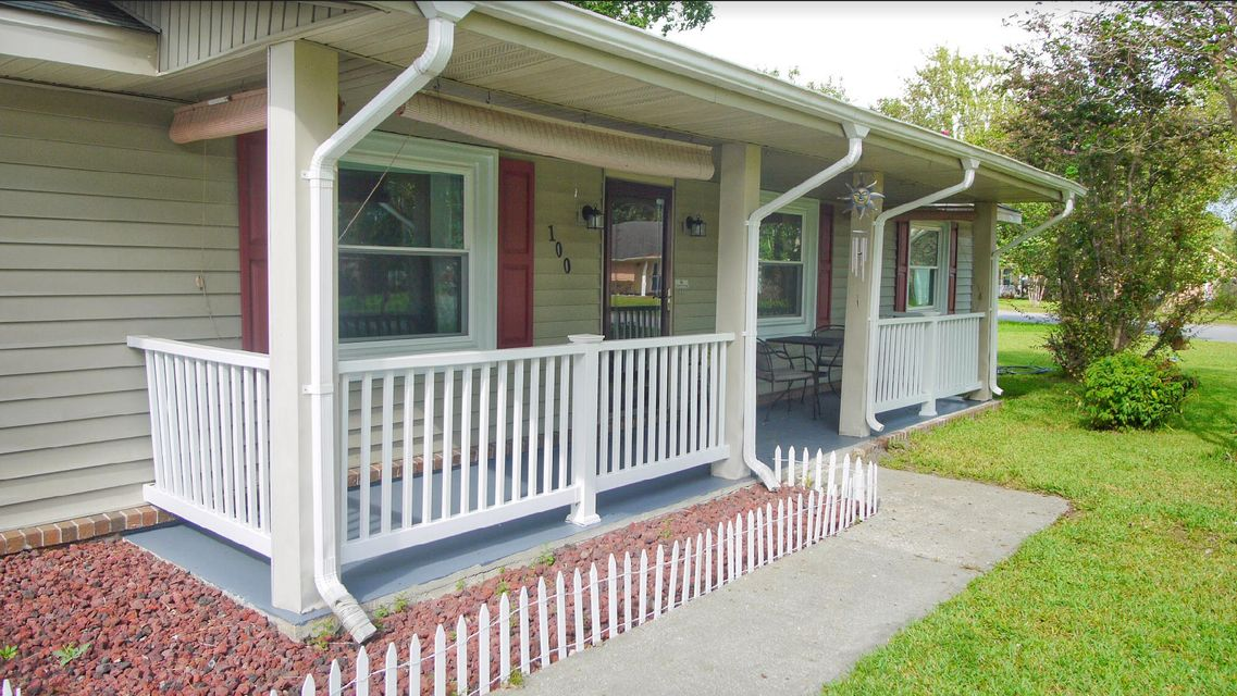 100 Brown Court Summerville, SC 29486