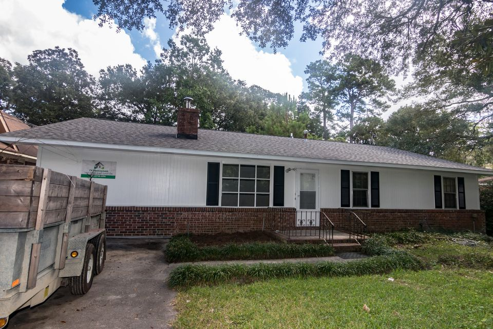 4632 Winona Street North Charleston, SC 29405