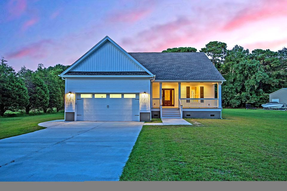 3213 Charlie Jones Boulevard Johns Island, SC 29455