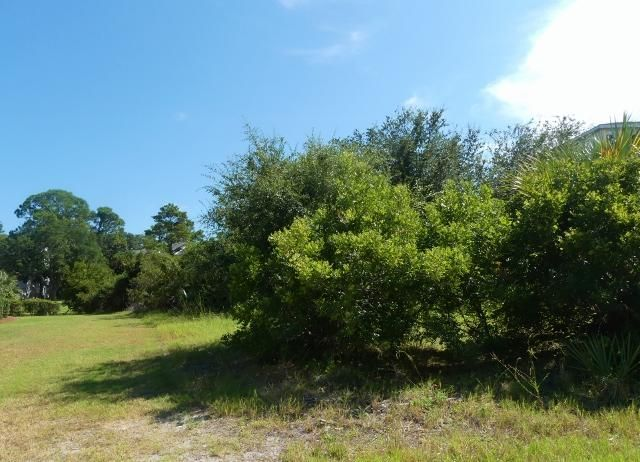 29 Battery Park Road Edisto Island, SC 29438