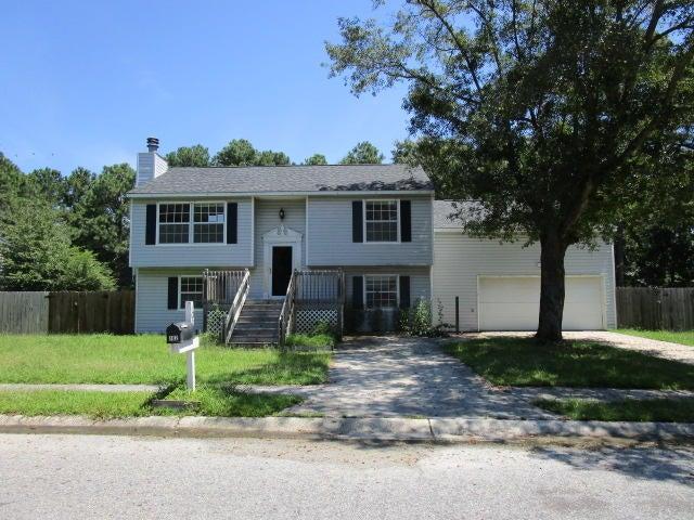 102 Greenbriar Place Summerville, SC 29486