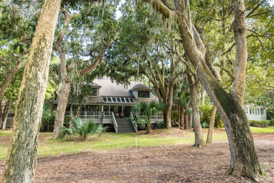 2588 High Hammock Road Johns Island, SC 29455
