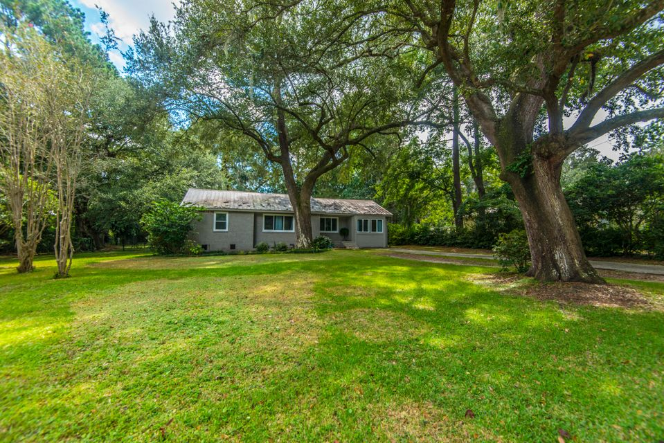 1665 Dogwood Road Charleston, SC 29414
